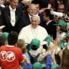 """Papa Francesco incontra i ragazzi delle scuole italiane per la """"Fabbrica della Pace"""""""