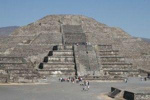 Teotihuacan_la Piramide del Sole