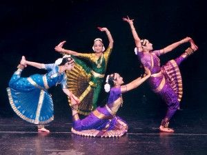 bharata-natyam-dancer