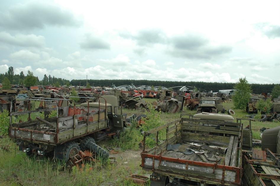 Chernobyl, veicoli radioattivi abbandonati.
