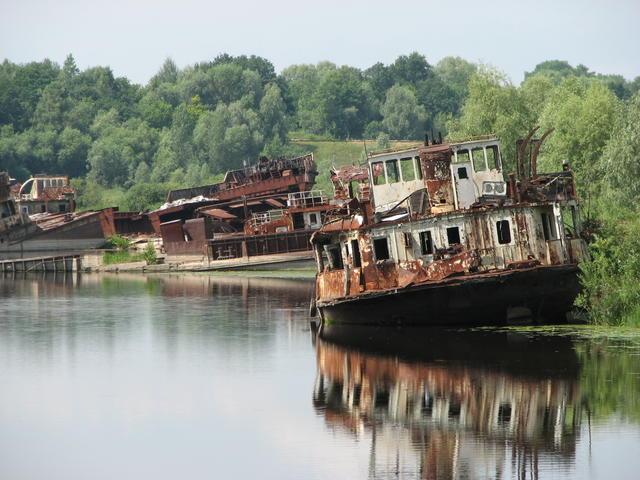 Chernobyl, alcune imbarcazioni abbandonate.
