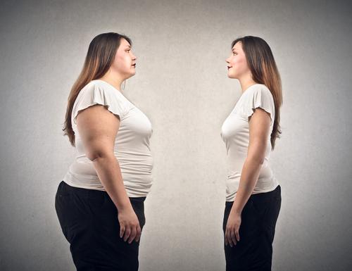sentirsi-grassa-specchio-donna