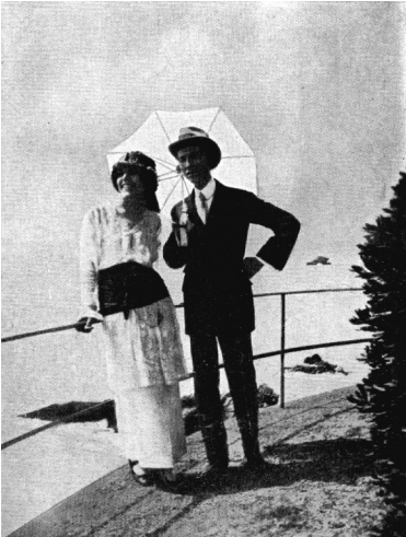 Amalia-Guglielminetti-e-Guido-Gozzano-sulla-Riviera-ligure-agosto-1914